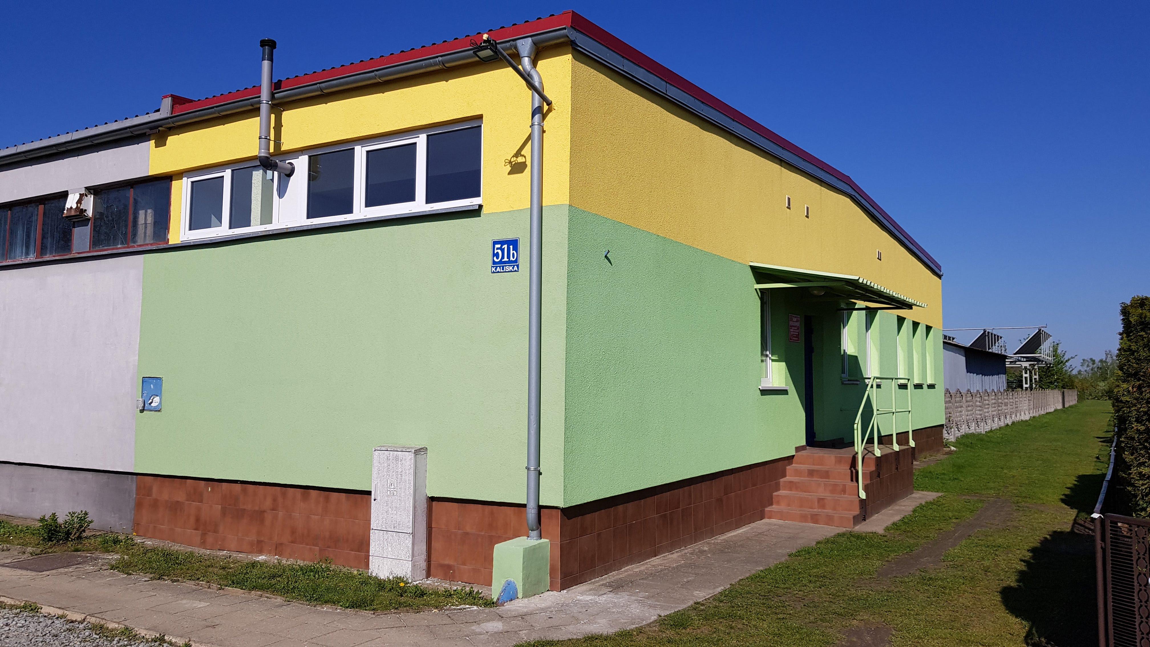Malowanie elewacji budynku oraz Świetlicy ROD